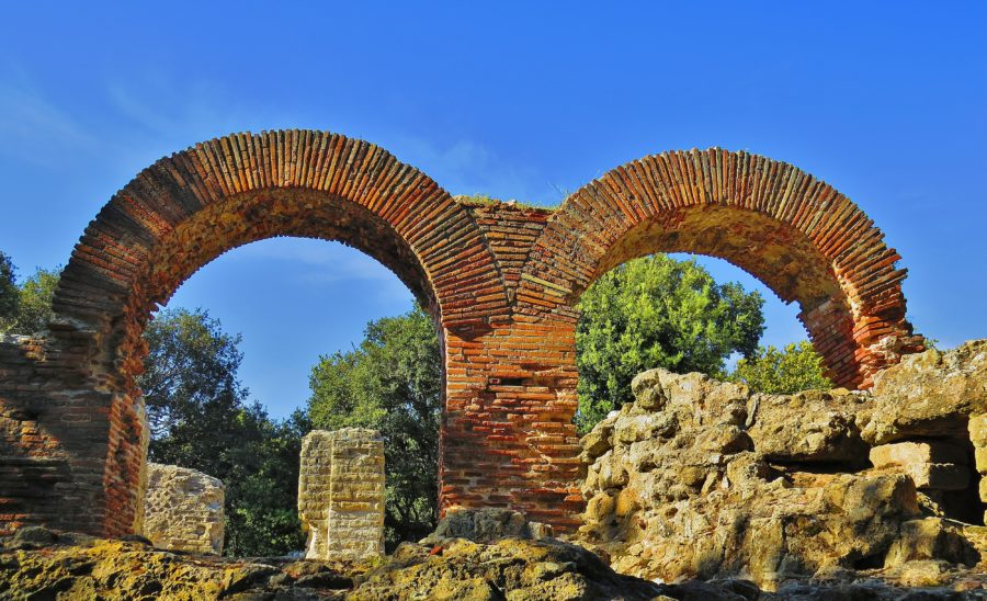 architettura romana tempio di Giove Cuma